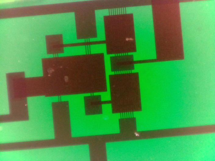 PragmatIC flexible circuit - microscope image