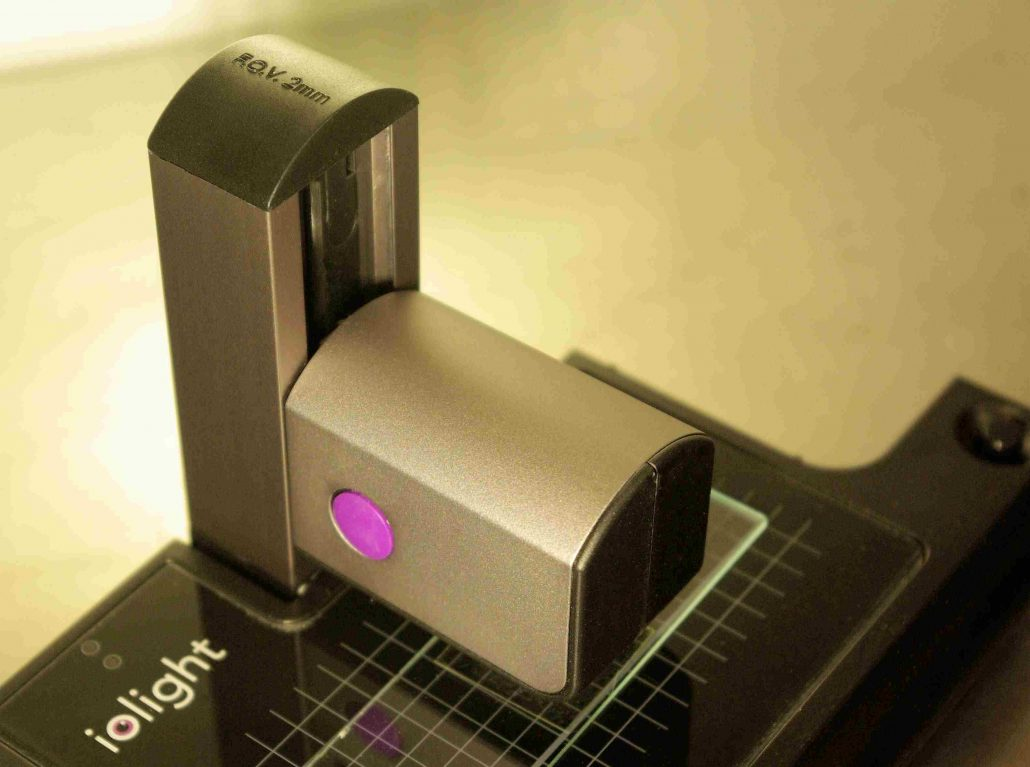 ioLight pocket microscope with wide field of view